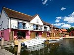 Norfolk Broads Holiday Cottages in Horning
