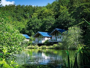 fishing holidays, fishing cabins, fishing lodges