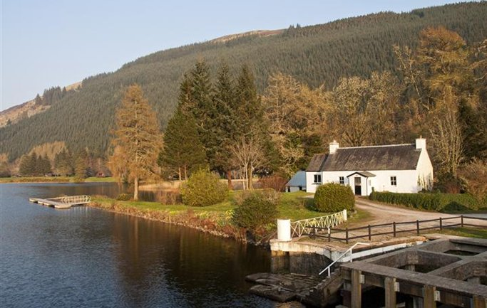 Laggan Bridge House, Caledonian Canal