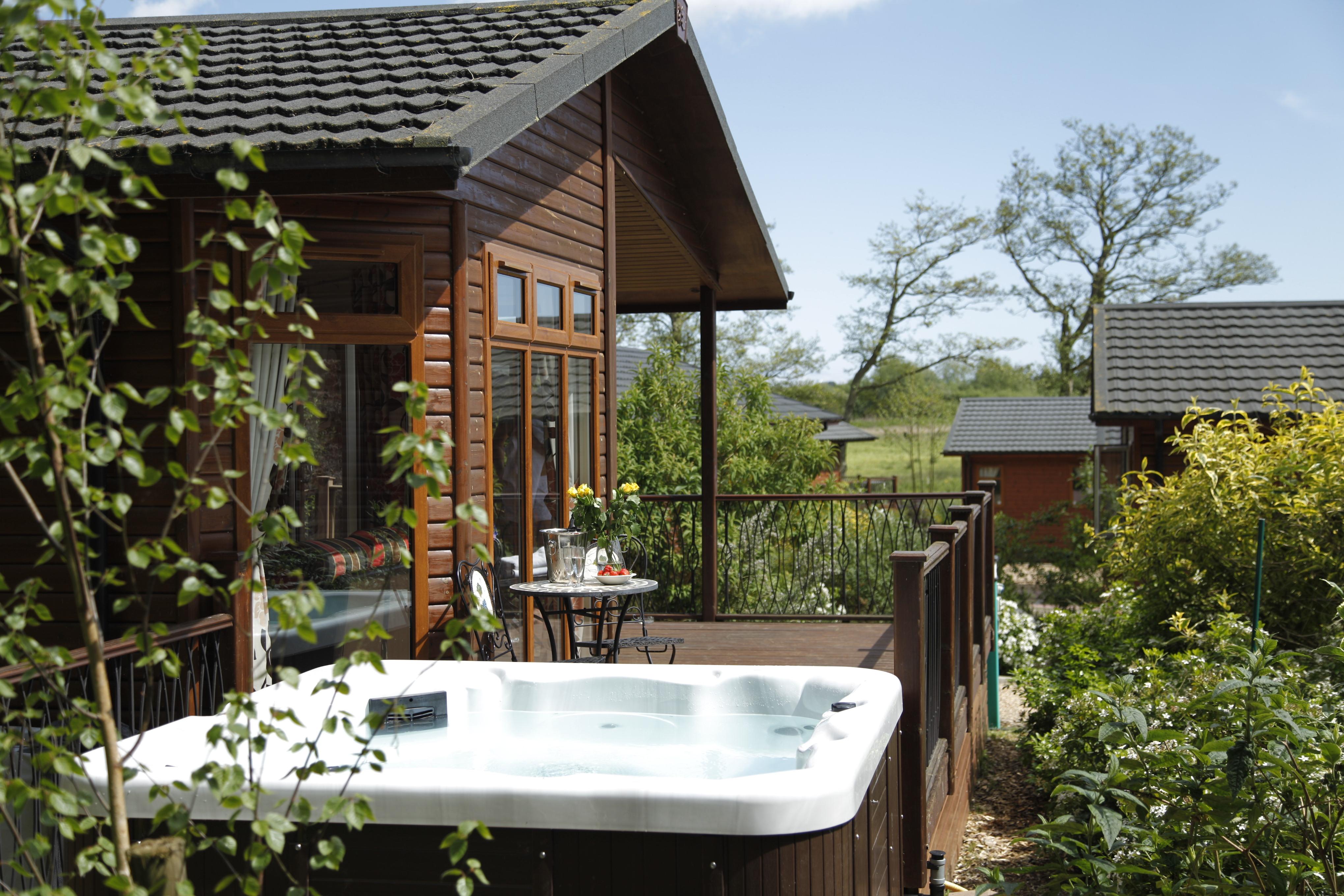 Full Bedroom Set Broad View Holiday Lodge Waterside Breaks Blog Amp Latest