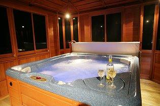 Drummohr Hot Tub Holiday Lodges Near Edinburgh Scotland