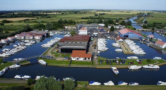 Potter Heigham Marina Holiday Cottages Norfolk Broads