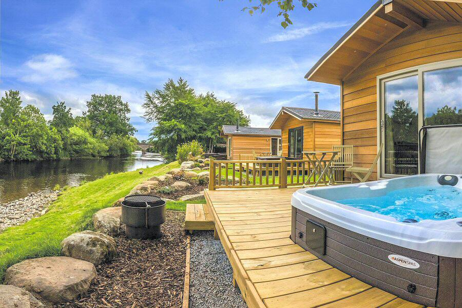 Braidhaugh Eden Holiday Lodge Hot Tub Scottish Highlands