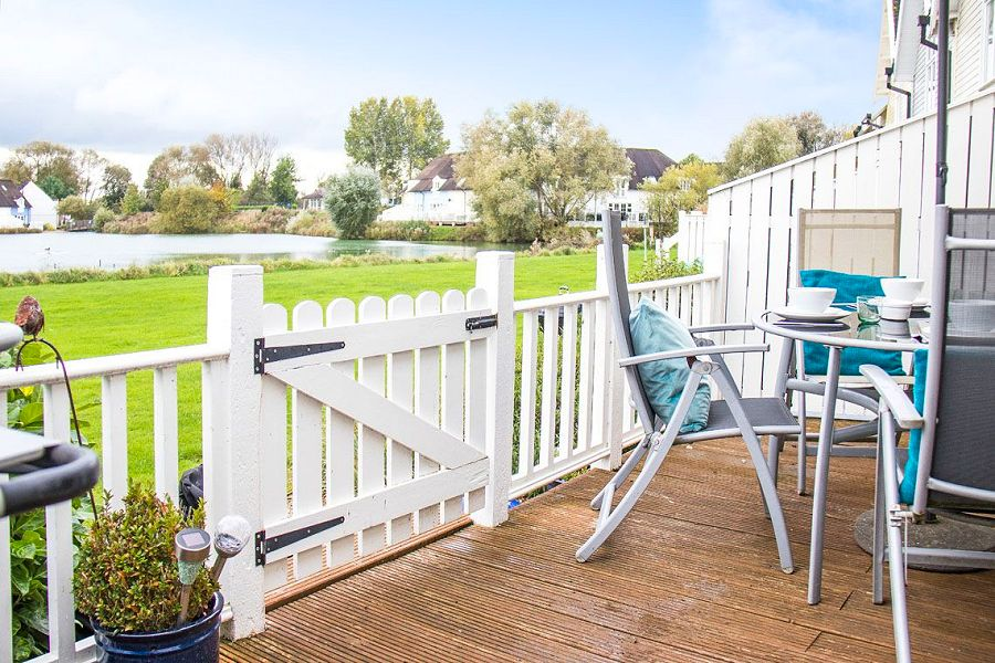 Cotswold Water Park holiday houses