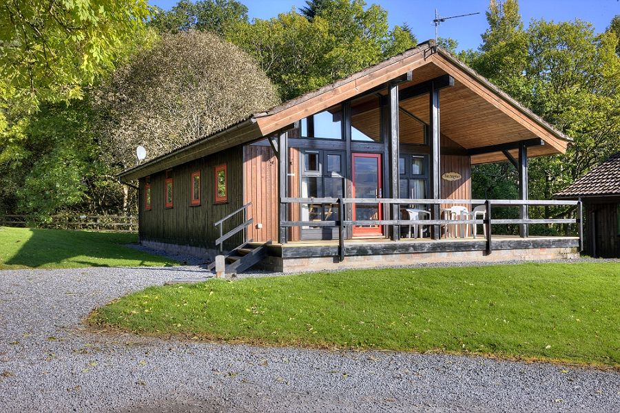 The Serpent lodge at Loch Tay
