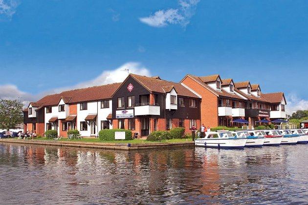 Wherrymans Penthouses Wroxham Norfolk Broads Riverside