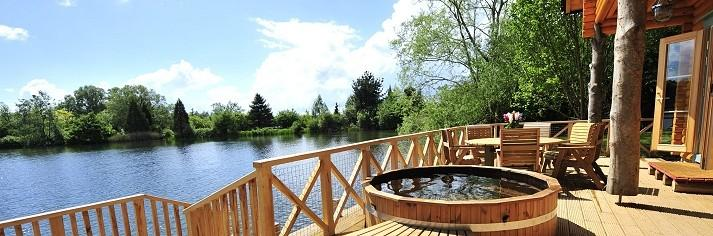 Cotswold Water Park Holiday Hot Tub Lodges