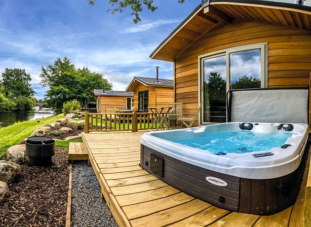 Holiday Lodges with Hot Tubs