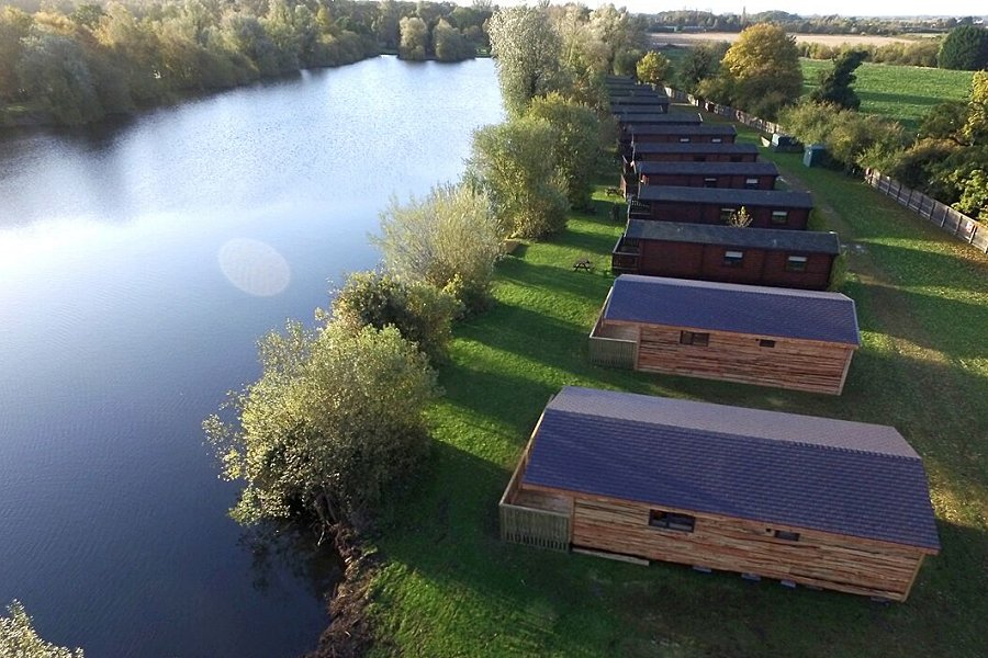 Woodlakes Larch Lodge Plus Holiday Lodges