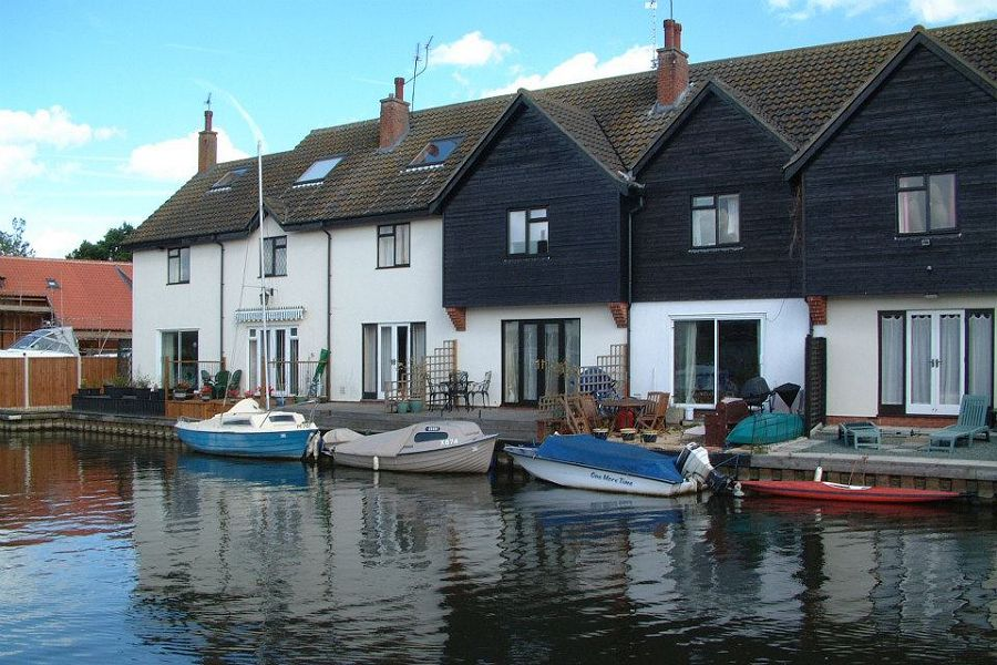 Swan Holiday Cottage in Wroxham