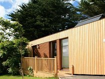 Mawgan Derow Eco Lodge - Mawgan Porth, Nr Newquay, Cornwall