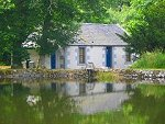 Pond Cottage - Nr Biggar, Lanarkshire, Scotland
