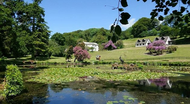 38 acres of beautiful Manor Grounds to enjoy at Rosecraddoc