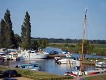 Fishing Holidays UK Wide - Waveney River Centre & Holiday Lodges